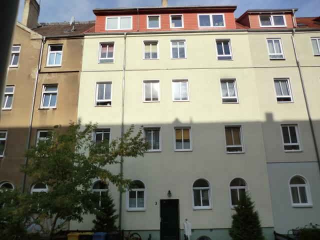 AmKabutzenhof_Nr03_2013.jpg