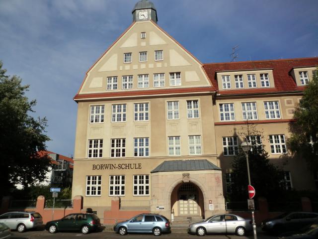 AmKabutzenhof_Nr08_1_2013.jpg