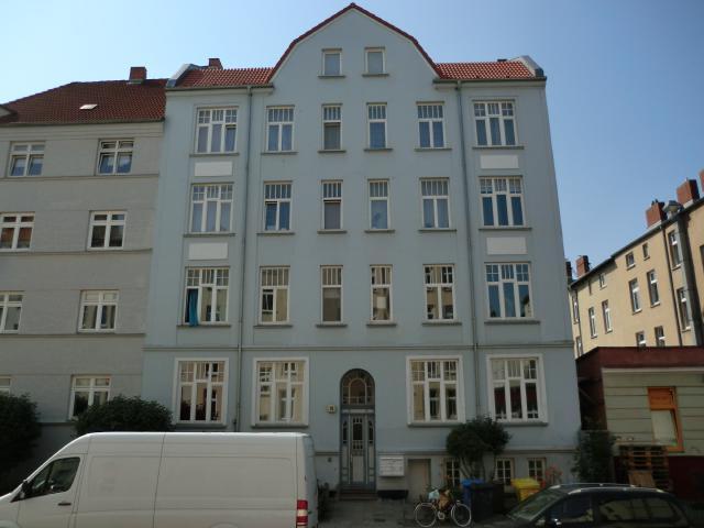 AmKabutzenhof_Nr10_2013.jpg