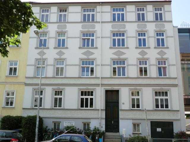 AmKabutzenhof_Nr20_2013.jpg