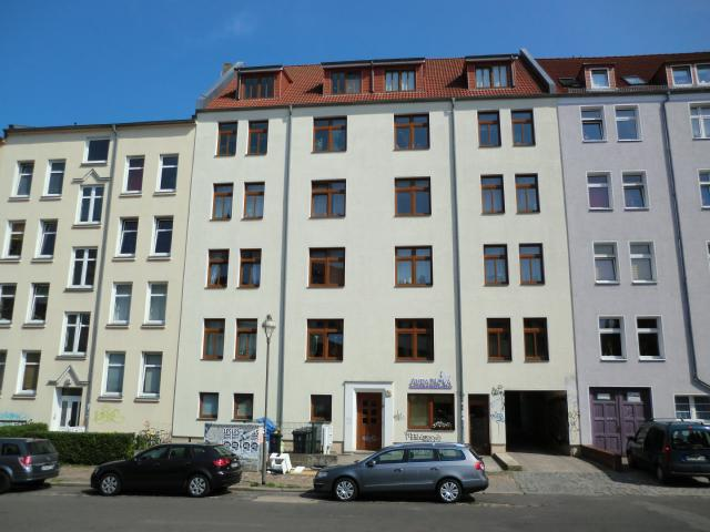 AmKabutzenhof_Nr30_2013.jpg